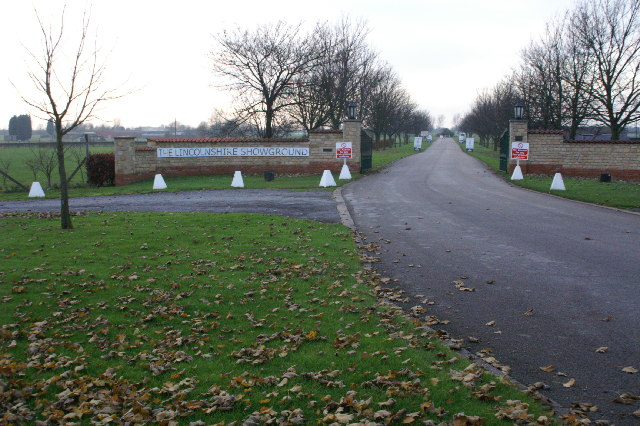 Entrance to Lincolnshire Showground from the A15