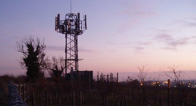 Phone mast near Cleat Hill
