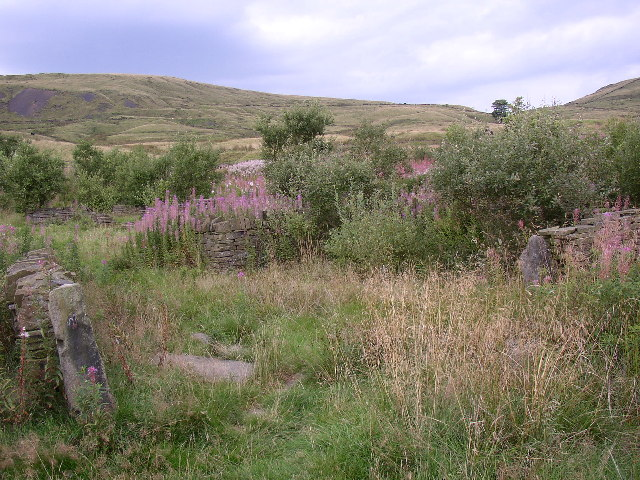 Remains of Roads Farm, Wardle