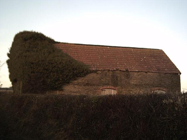 Farm building near Trimstone