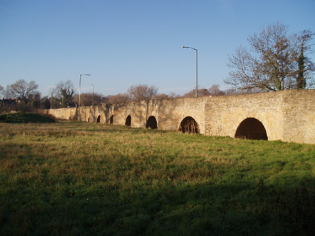 Bromham Bridge