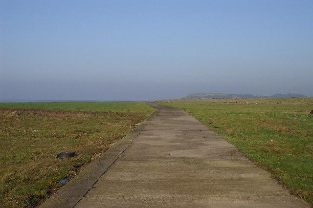 Sea shore track