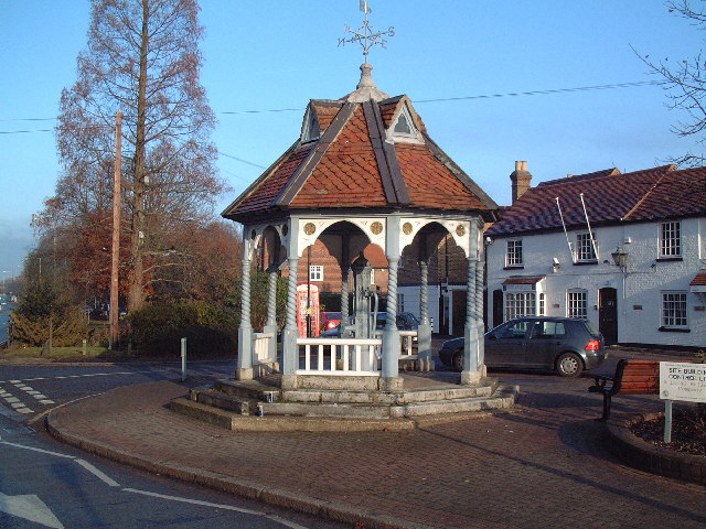 Ickenham Pump