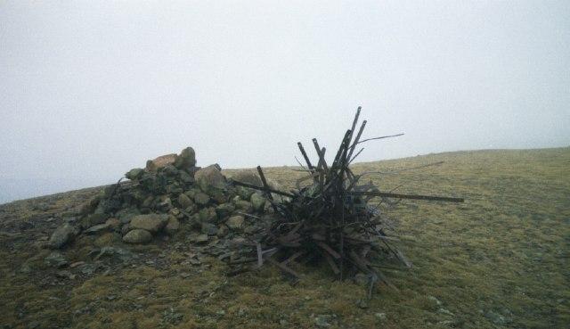 Summit Cairns Starling Dodd