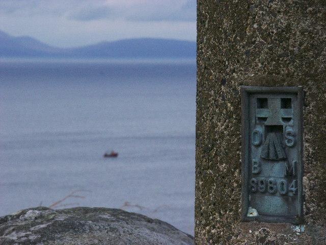 Benchmark on Beinn an Achaidh Mhoir