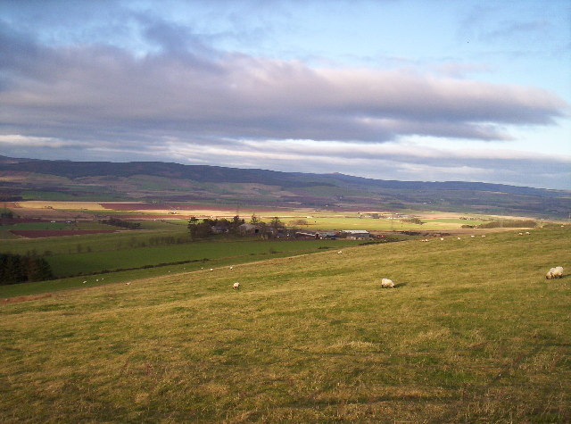 Barnhill Farm with Mearns hills in the distance