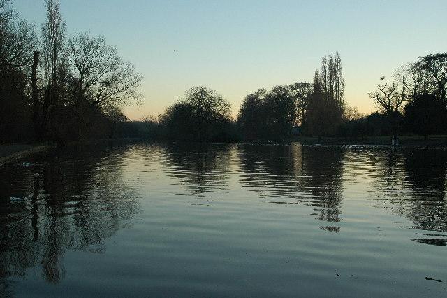 Trittiford Mill Pool, Yardley Wood at dusk