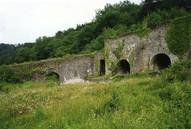 Gulworthy: limekilns at Newquay