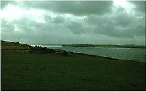 ND3693 : Flotta by Peter Ward