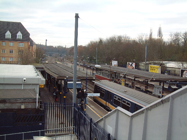 Elstree Station