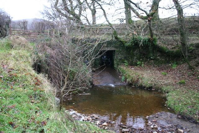 Roadbridge over small stream