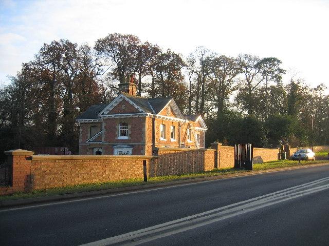 Ryon Lodge
