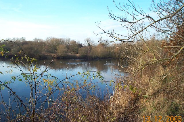 Cookham Rise: Former gravel pit by Strand Lane