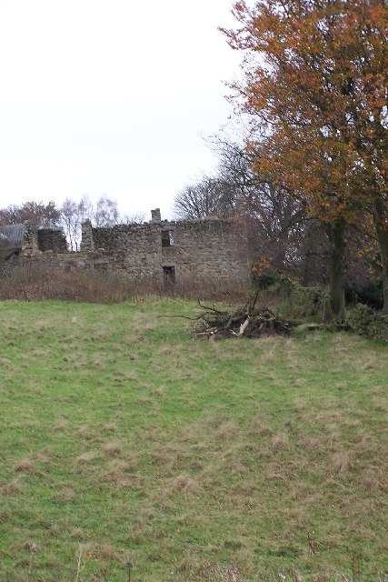 Dilapidated building, off Sir William Hill Road