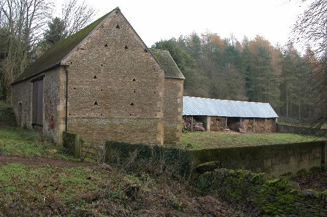 Farm buildings in the Eye valley