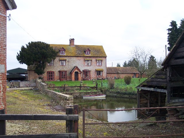 Collier's Elm Farm