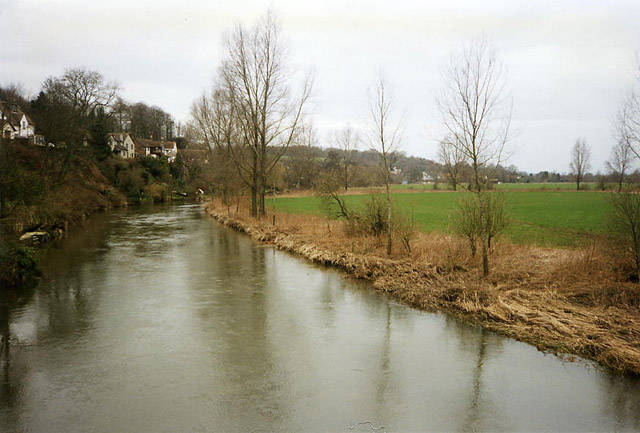 Spetisbury: river Stour