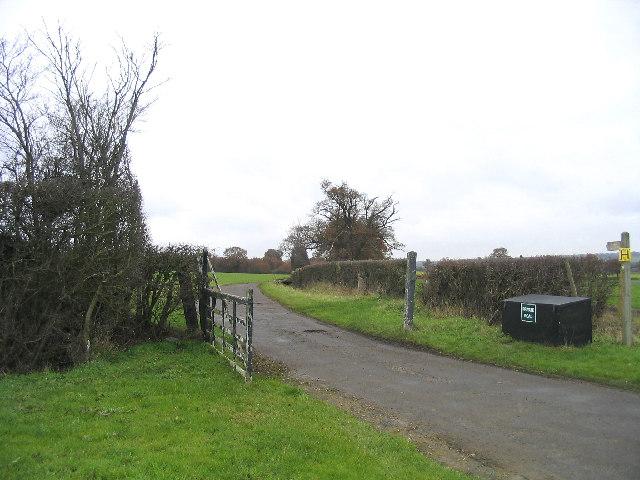 Farm Road, Hydes Farm, Abridge