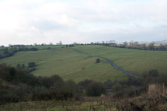 Fields west of Tissington Ford