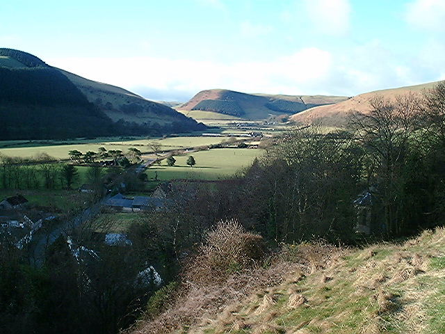 Valley between New Radnor and Llanfihangel Nant Melan