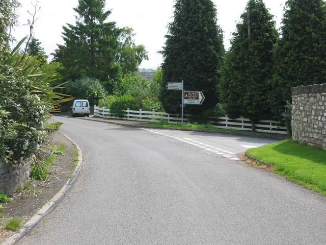 Coed-y-paen Crossroads