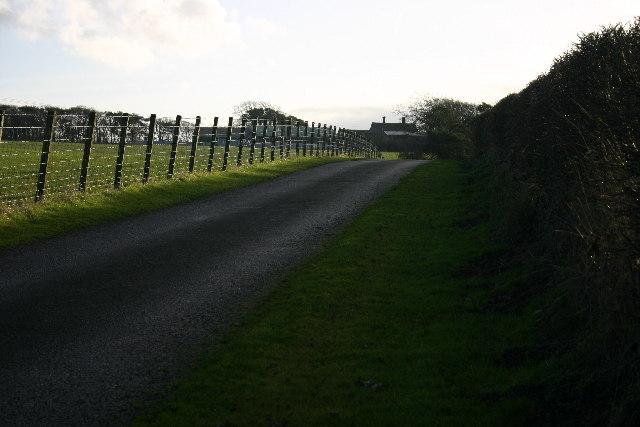 Private Road to Housenrigg