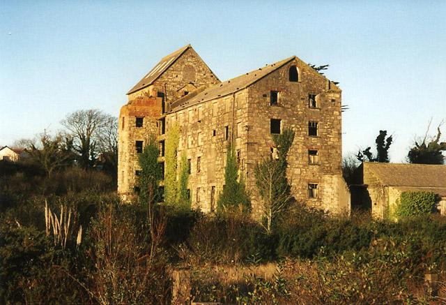 Hayle: Loggans Mill