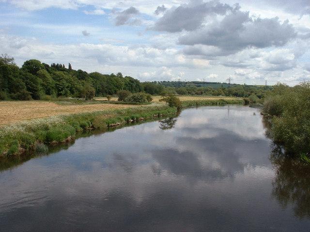 River Trent east from former railway bridge