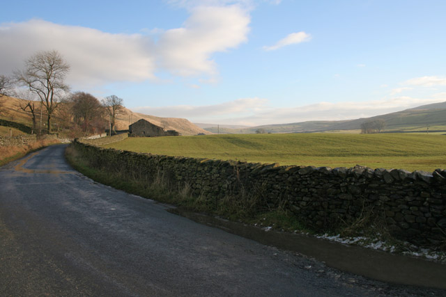Yorkshire Dales National Park between Wharfe and Helwith Bridge