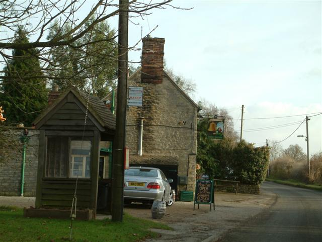 The Bell, Hampton Poyle