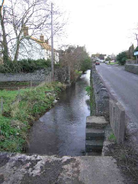 Stream and Road in Henton