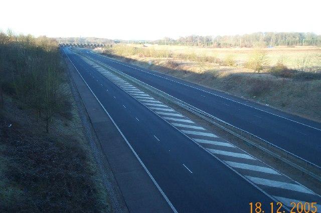 M25 Motorway Link Road, Chandler's Cross