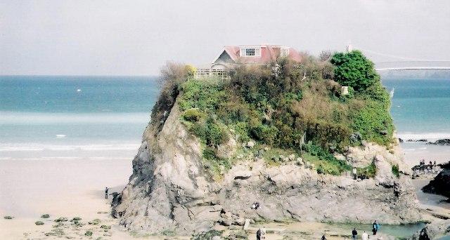 Outcrop on Towan Beach, Newquay