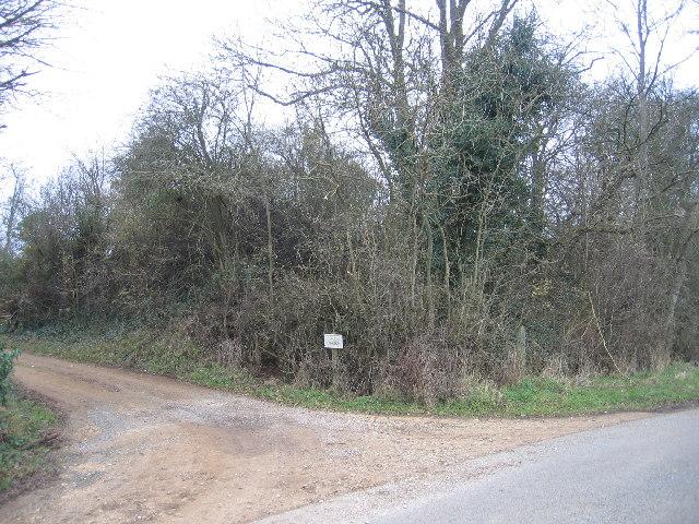 Entrance to Far Longdon