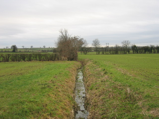 Near Holt Farm