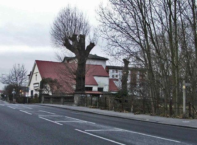 Eleanor Cross Road/Station Road, Waltham Cross