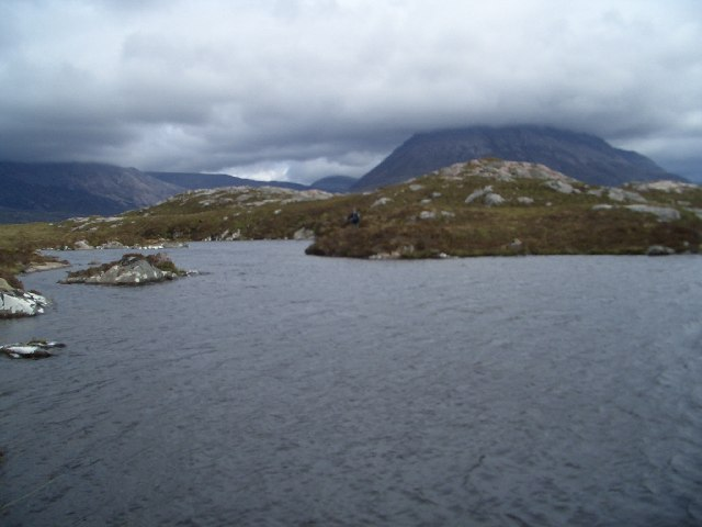 unnamed Lochan just west of Cnoc a' Garbh-bhaid Mhoir, with Arkle in the background