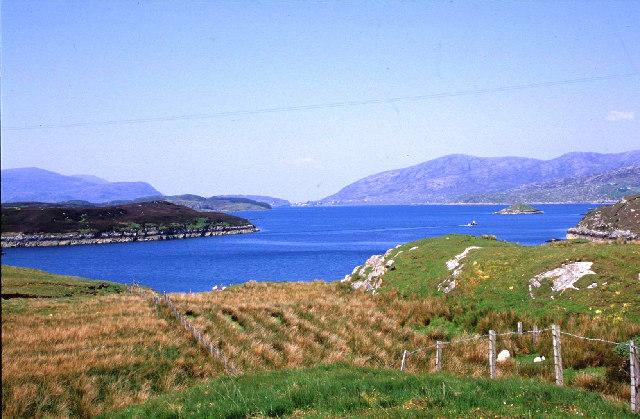 East Loch an Tairbeairt from N. Harris.