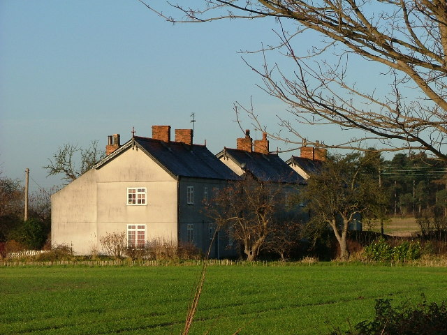 Cottages New Wiseton Notts