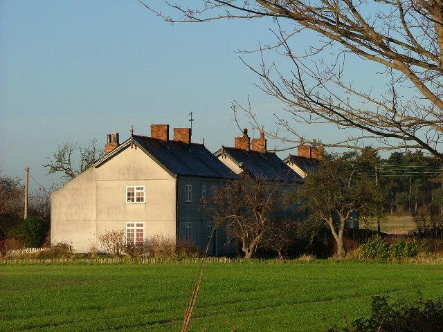 Cottages New Wiseton Notts