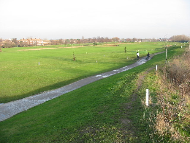 Airlinks Golf Course, Norwood Green