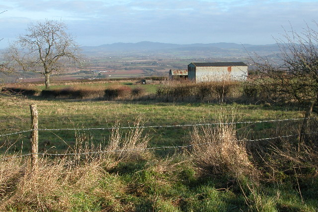 Barns near Jones's Coppice on Seager Hill