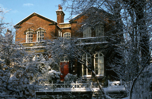 Potternewton Lane, Chapel Allerton in the snow