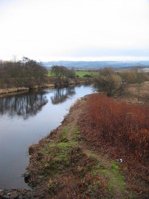 River Earn at Chapelbank
