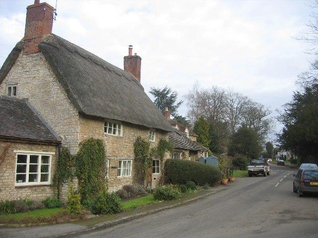 Lighthorne - village centre