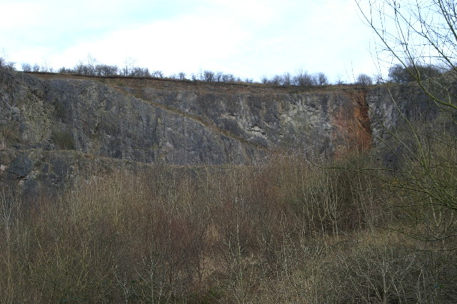 Disused Quarry under 'The Perch'