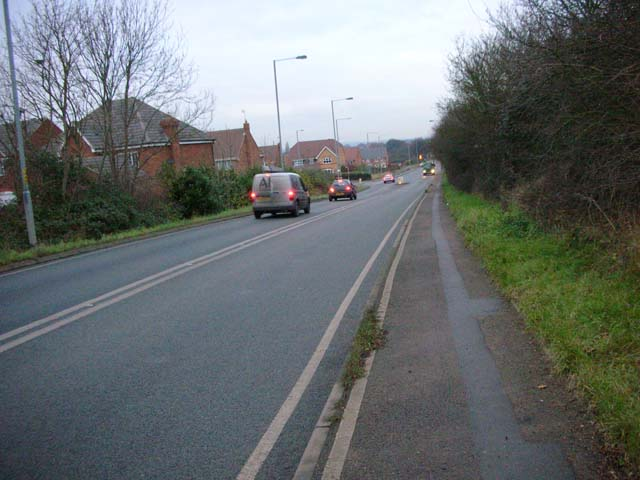 Former A6 descending into Rushden