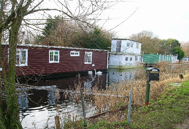 Houseboats on the Chichester Canal
