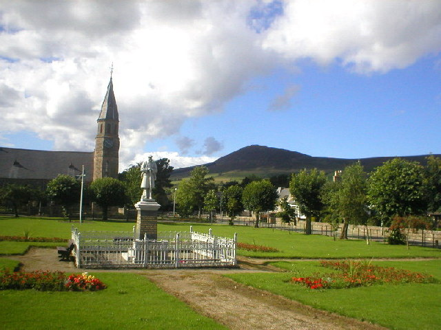 Rhynie Village Green and Tap O'Noth