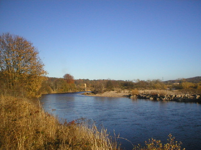 River Dee at Cults in Autumn